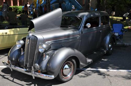 1936 Plymouth 2-door Sedan