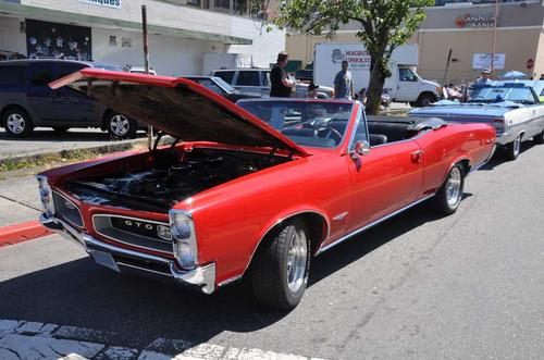 1966 Pontiac GTO with 389 Tripower