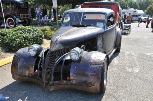 1939 Pontiac 2-Door