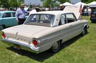 1962 Ford Falcon Sports Futura 2-door 170 ci 6-cylinder 2-speed Ford-O-Matic