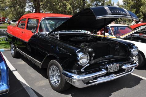 1955 Pontiac Chieftan 317 ci dual quad 4-speed 1956 NASCAR Pacer