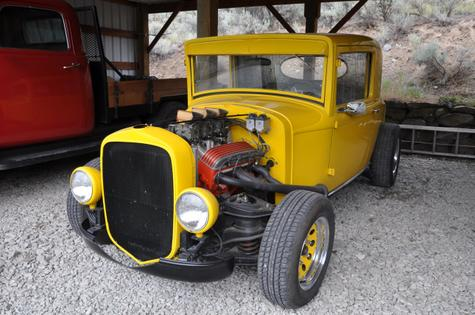 1929 Plymouth Coupe 300HP 327 with tri-power, Automatic, 3.55 Ford Rear End