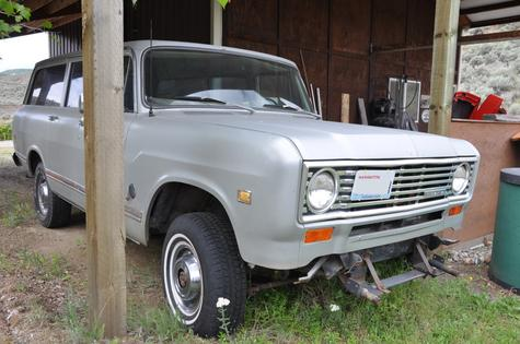 1975 International Travel All 392 V-8 Automatic 4WD A/C