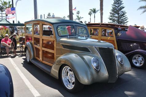1937 Ford Hercules