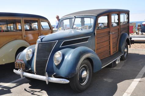 1937 Ford Woodie