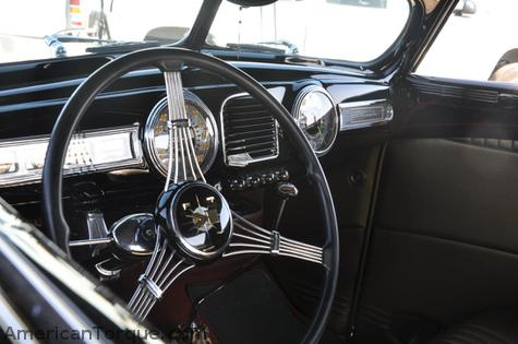 1938 Lincoln dash in a 1938 Ford?